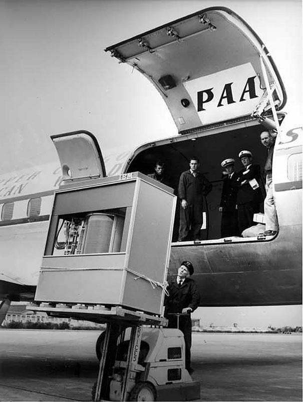 The First 5 Mbyte Hard Disk Loaded To A Panam Plane, 1956
