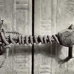 The Unbroken Seal On Tutankhamun's Tomb, 1922 (3,245 Years Untouched)