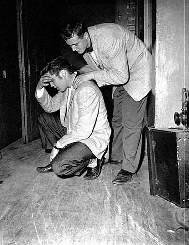Elvis Backstage, 1956