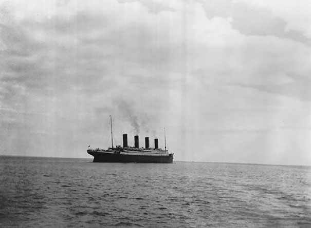 The Last Known Photo Of The Titanic Above Water, 1912