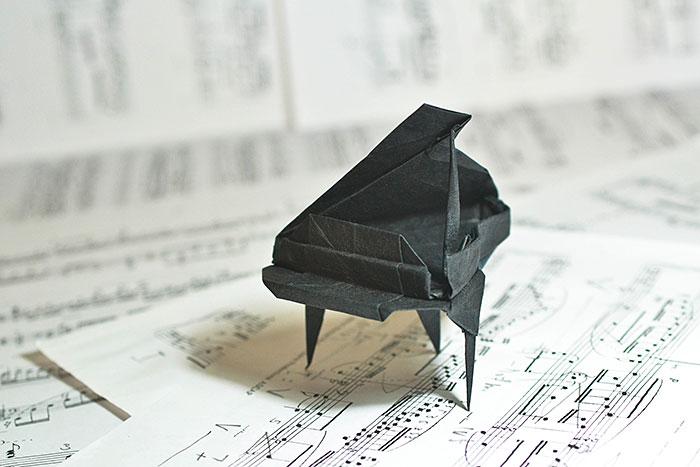 Origami Grand Piano