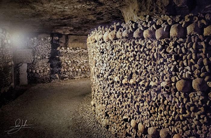 L'ossuaire Municipal, Paris, France