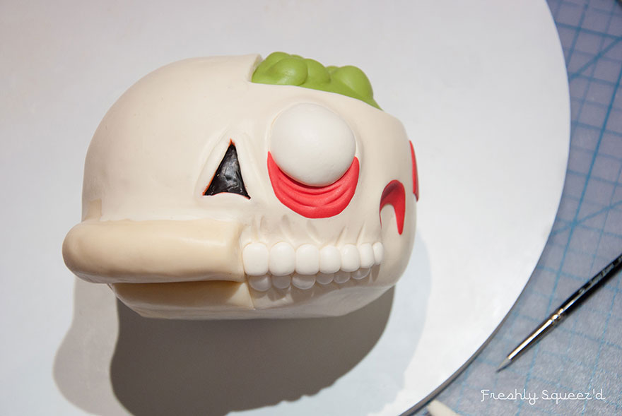 ralph-wiggum-cutout-cake-kylie-mangles-freshly-squeezd-8
