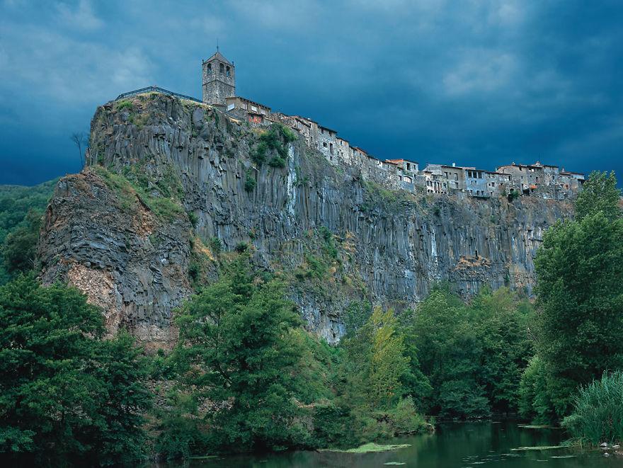 Castellfollit De La Roca, La Garrotxa,catalunya.