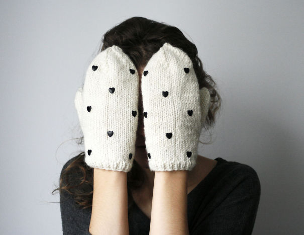 Mittens With Dots