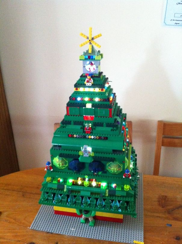 Lego Christmas Tree By Anthony
