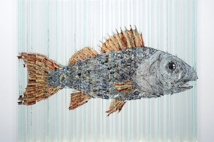 Glass Sculpture Made Of 160 Hand Painted Glass Strips Reveals Four Hidden Animals When Rotated