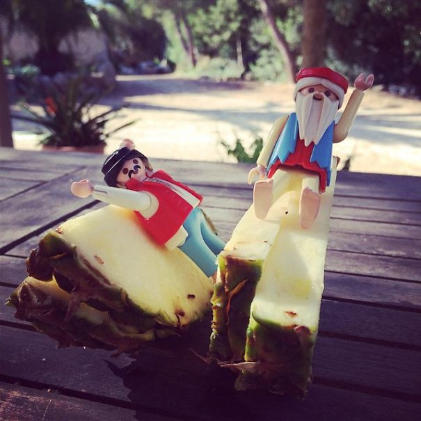 Playing Healthy Eating With Playmobil