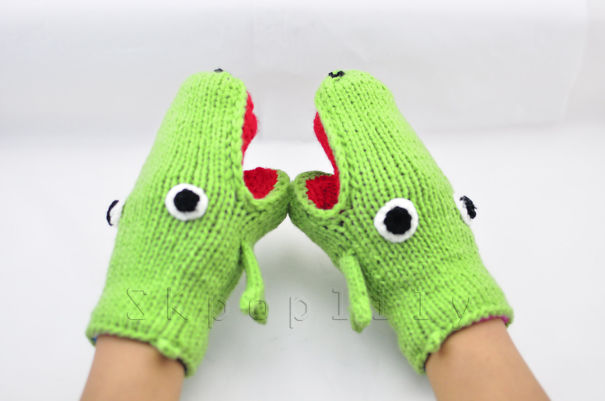 Frog Mittens