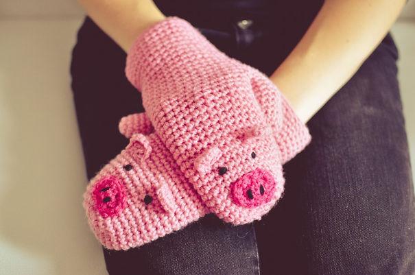 Piggy Mittens