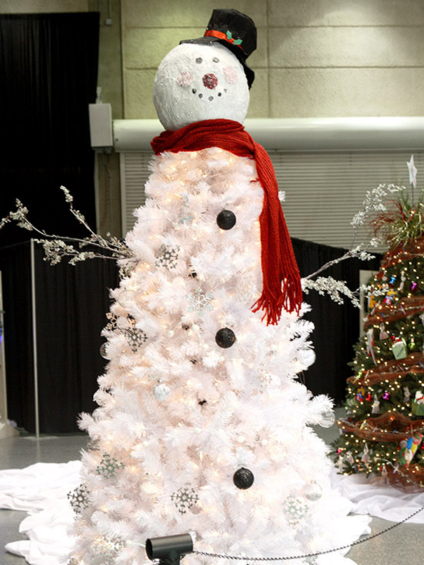 Snow Man Christmas Tree