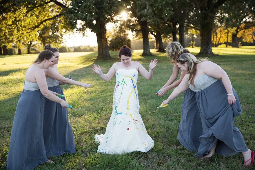 bride-left-at-altar-trash-dress-photoshoot-2