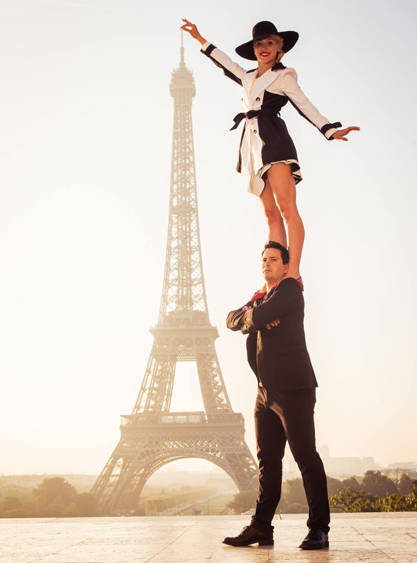 circus-artist-couple-perform-dangerous-tricks-13