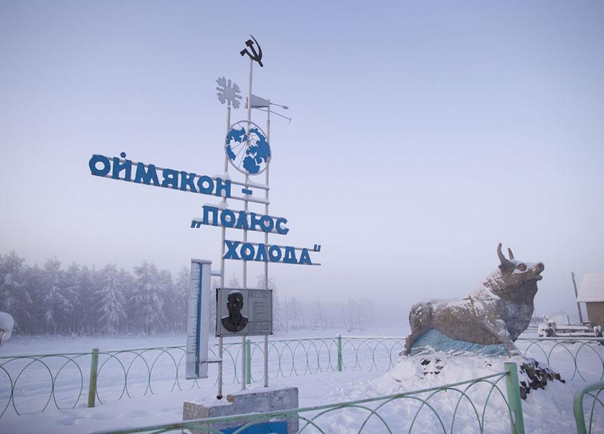 mais fria-village-Oymyakon-russia-amos-chaple-14