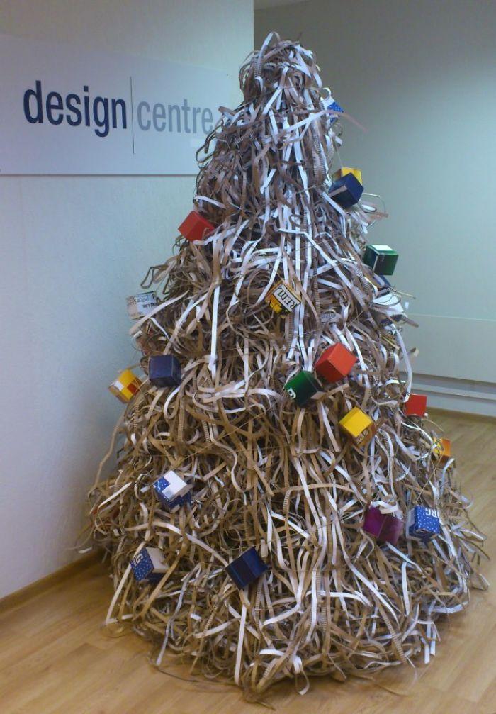 Corrugator Side-trim-waste Christmas Tree :)