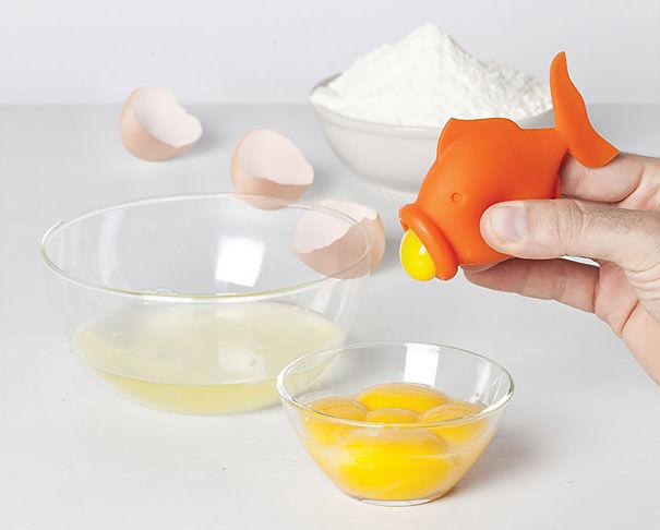 Goldfish Yolk Separator