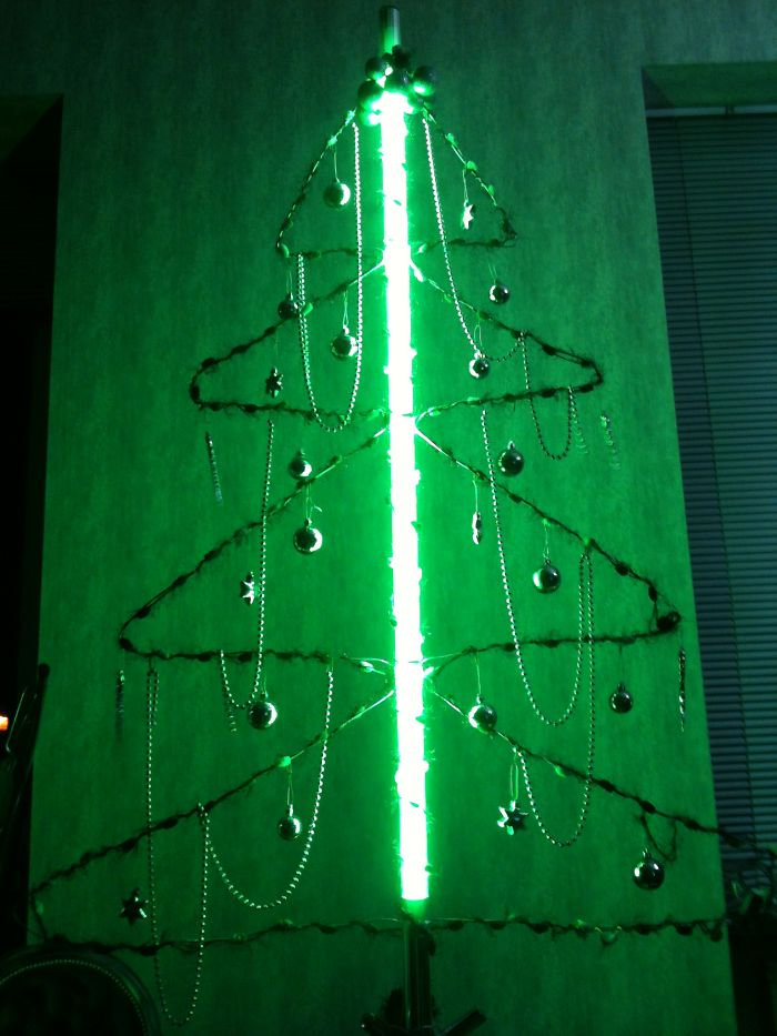 Neon & Wire Christmas Tree