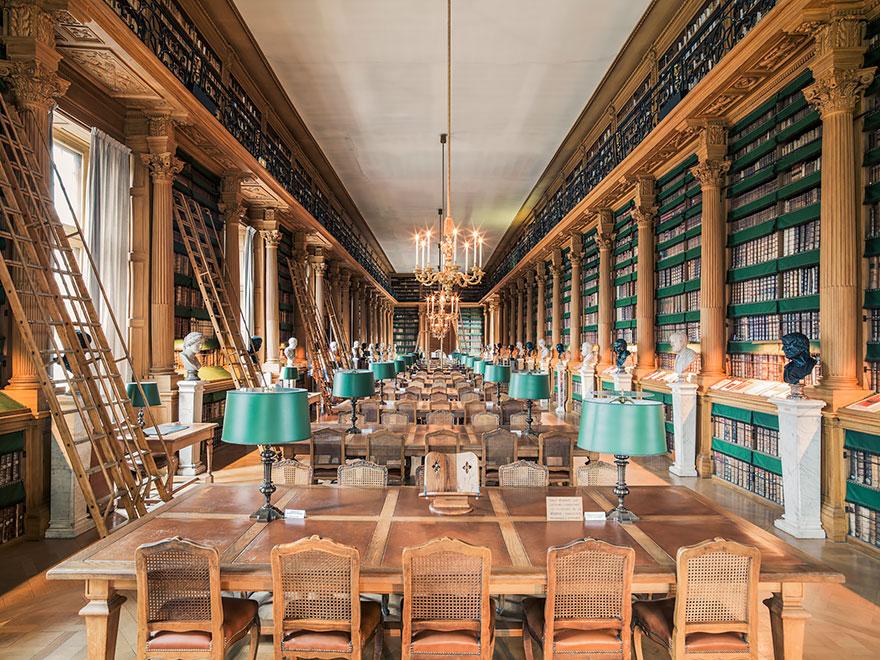 Leer en ellas es un lujo House-of-books-libraries-franck-bohbot-12
