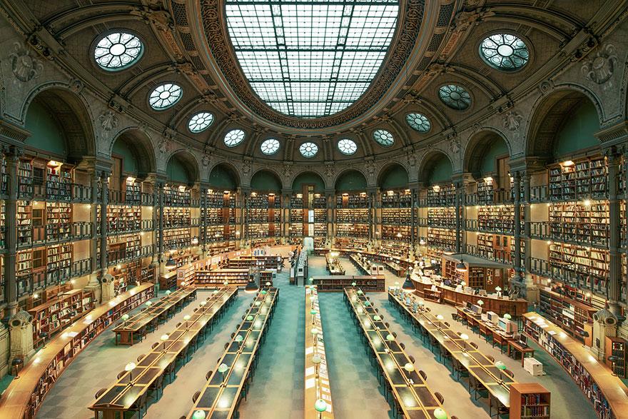 Leer en ellas es un lujo House-of-books-libraries-franck-bohbot-4