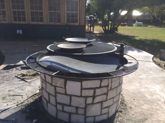 Ranch Style Fire Pit W/ Swivel Grill From West Texas Tropics