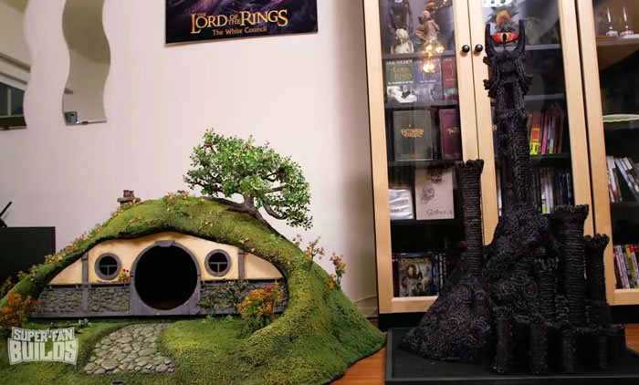 lord-of-the-rings-cat-liter-box-sauron-scrathing-post-superfan-builds-9