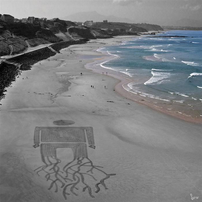massive-drawings-beach-sam-dougados