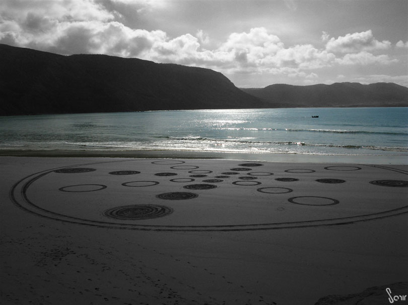 massive-drawings-beach-sam-dougados3