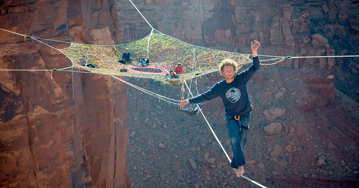 Daredevils Put A Handmade Net 400 ft Up And 200 ft From The Cliffs