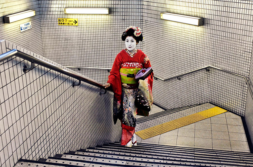 Geisha In Subway