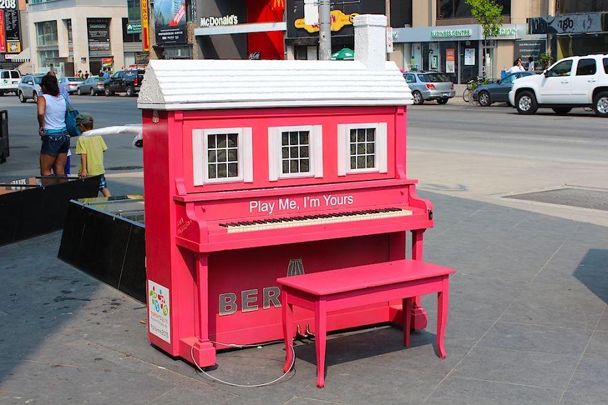 Pianos de la calle Street-pianos-120__880