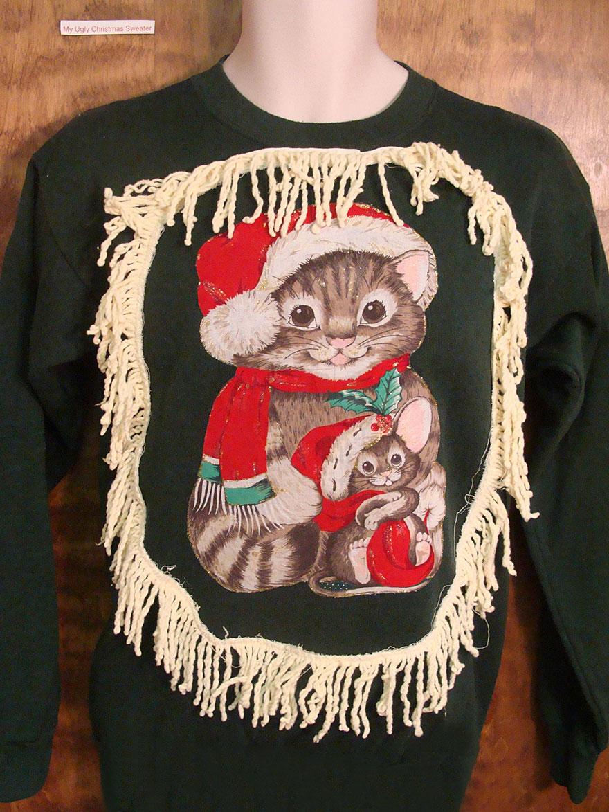 80\'s Cat And Kitten Christmas Sweater | Bored Panda