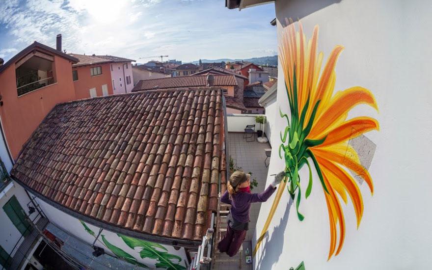 weeds-graffiti-street-art-mona-caron-10