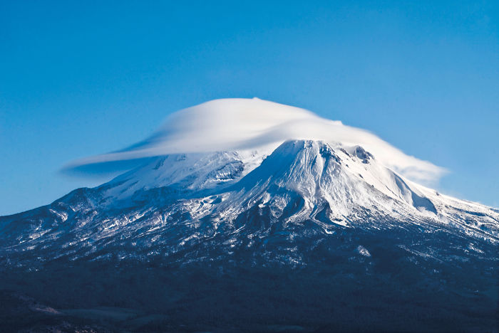 Mount Shasta With Lenticular Clouds, Northern California, Usa