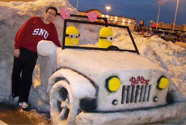 Valentines Jeep. Sculptor: Rex Henck