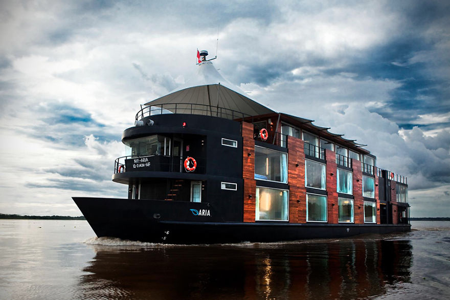 Amazon Boutique Hotel Boat