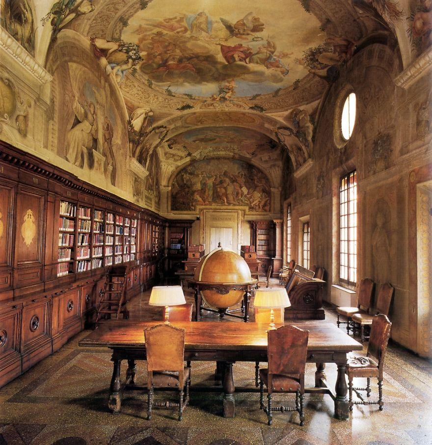 Library Of Orthopedic Institute Rizzoli - Bologna
