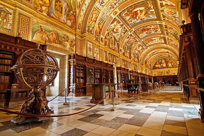 Royal Site Of San Lorenzo De El Escorial Library, S. Lorenzo De El Escorial, Spain