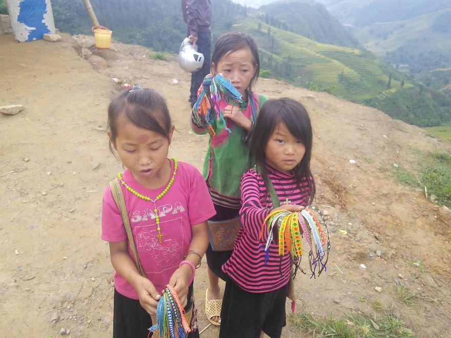 Minority Village Girls Selling Their Works, Sa Pa, Vietnam