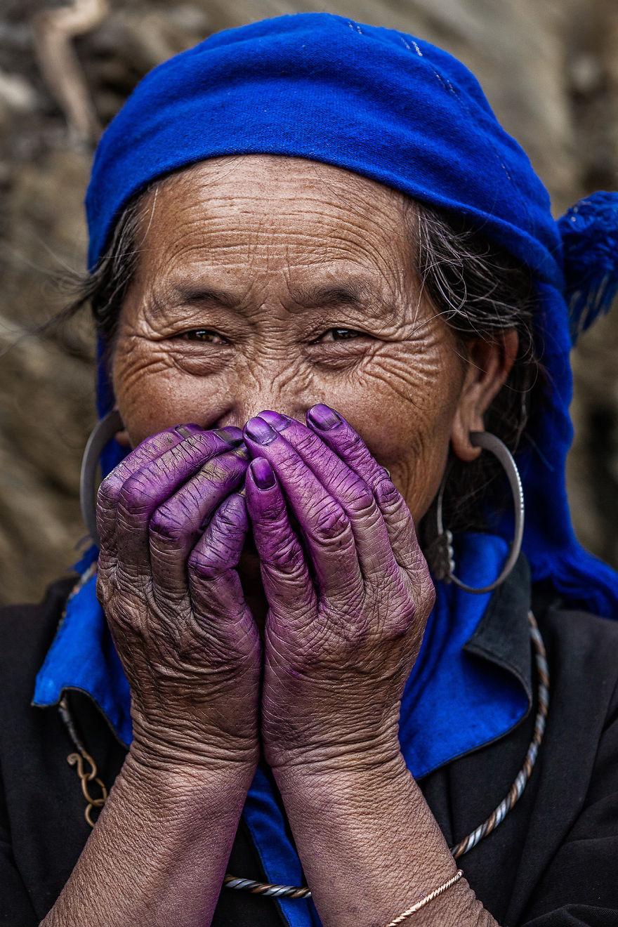 Purple Hands (hmong Of Vietnam)