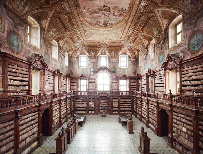 Biblioteca Nazionale Di Napoli – Naples, Italy