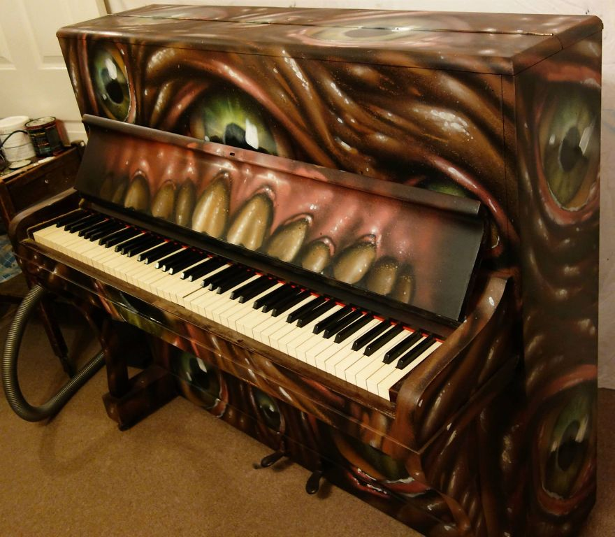 Scabbage Outdoor Piano For Ventnor Fringe Festival 2013