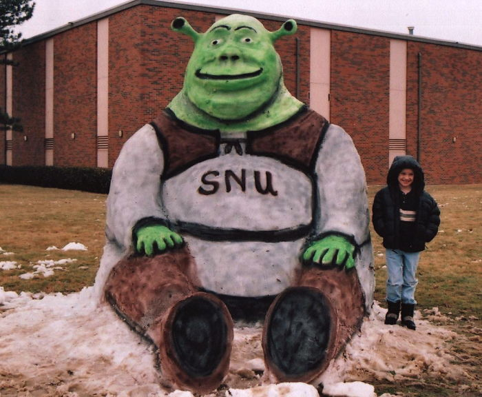 Shrek. Sculptor: Rex Henck
