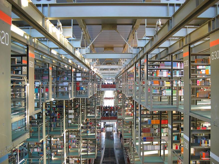 Jose Vasconcelos Library, Mexico