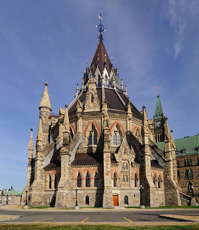 Canadian Library Of Parliament, Ottawa On Exterior