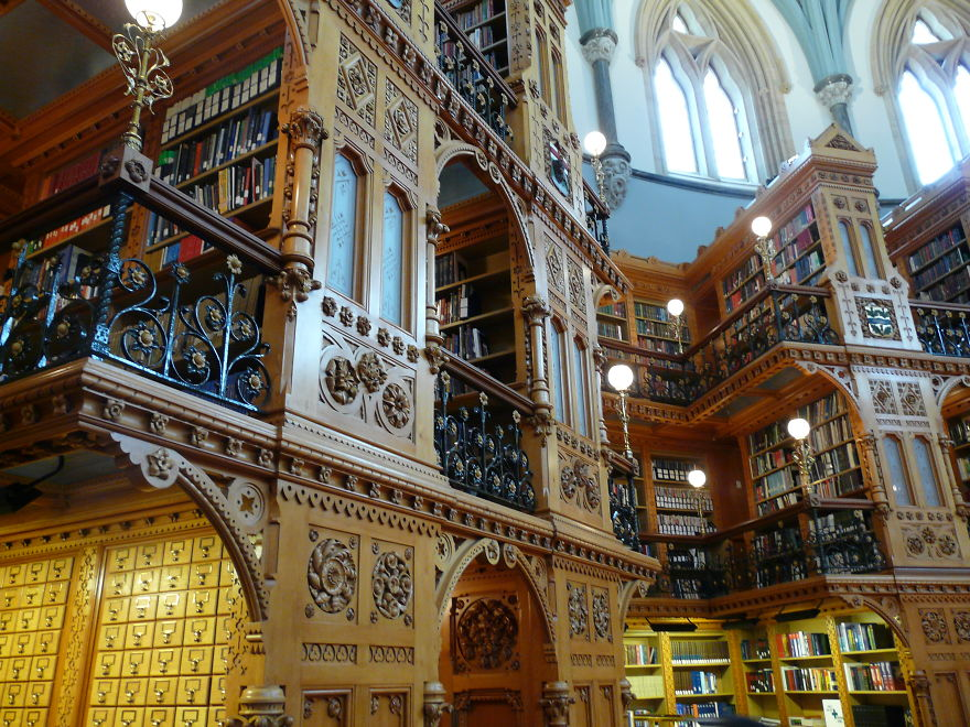 Canadian Library Of Parliament, Ottawa On