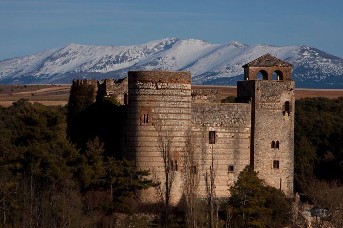 Castillo De Castilnovo, Spain