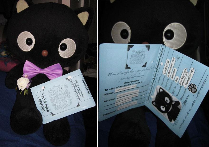 choco-cat-traveling-plush-toy-3