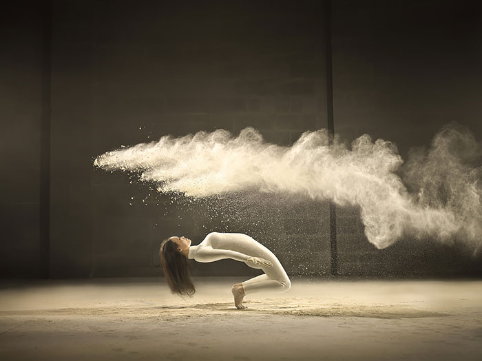 Photographer Freezes Dancer In Time As She Spins Through Clouds Of Powder