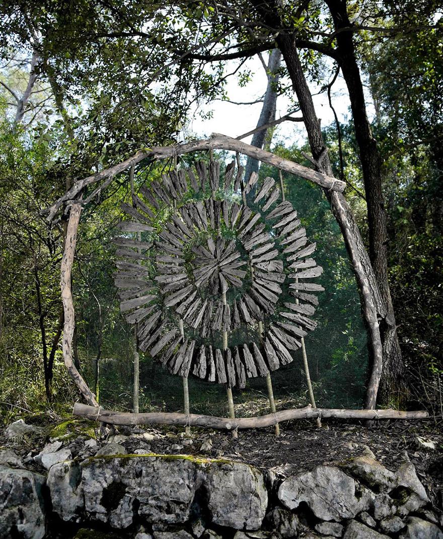 forest-land-art-nature-spencer-byles-16