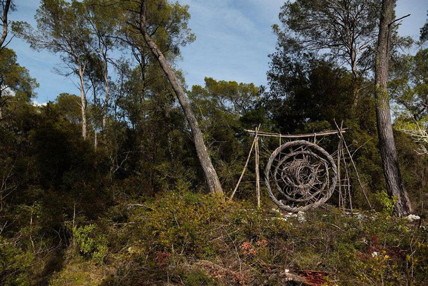 forest-land-art-nature-spencer-byles-7